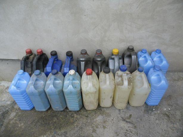 Пластикові каністри 5 л 10 грн 1 шт