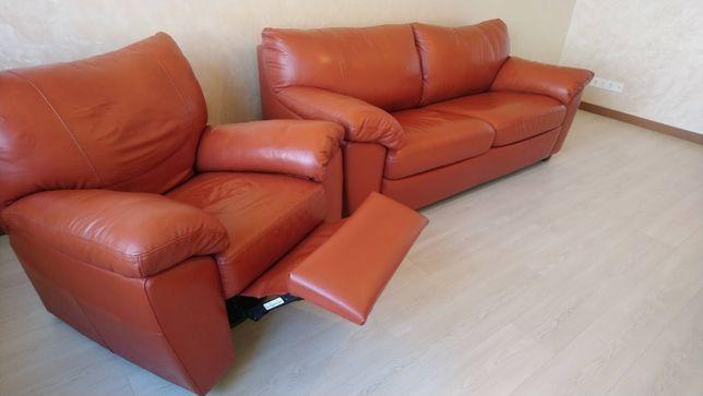 Кожаная мебель бу (диван+кресло) Для квартиры или загородного дома.