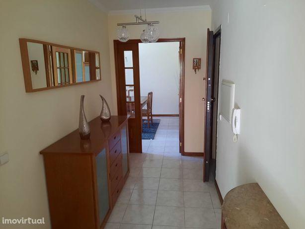 Apartamento com Localização Top Rio Tinto