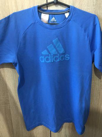 Фктболки Adidas