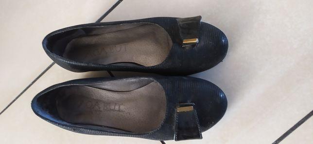 Pantofle baleriny 38