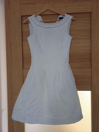 Piękna śmietankowa sukienka ze zdobieniami S