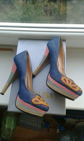 Туфли, туфельки на высоком каблуке, босоножки