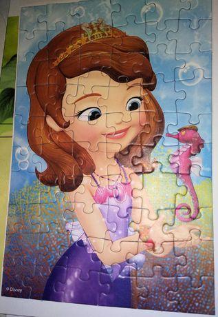 Puzzle z Zosia & Mickey Mouse, stan: jak nowe, 3 rozne obrazki 10 PLN