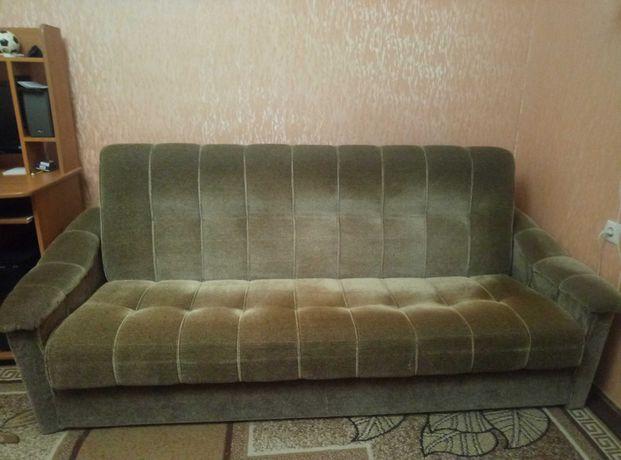 Продам раскладной диван б/у