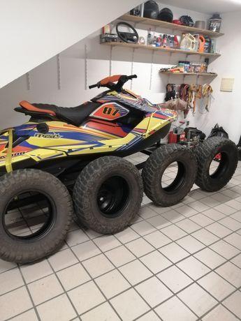 BF Goodrich Mud-Terrain T/A 30x9.50R15