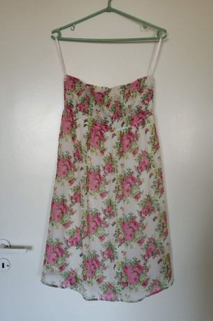 Letnia plażowa sukienka w kwiaty BonPrix, rozm. S