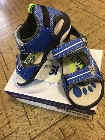 Продам новые сандали на мальчика  primigi р.29