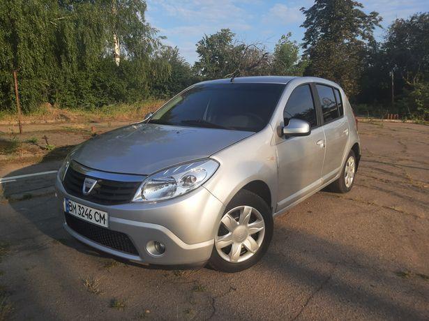 Dacia Sandero 1.4 2010 газ/бензин