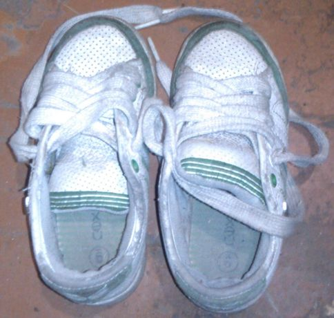 Детские кроссовки NEXT(размер 9-по подошве 19,5 см),б/у