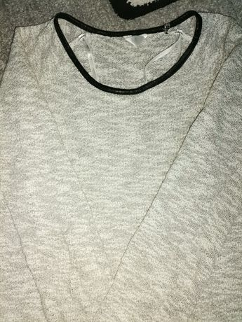 szary cienki sweterek