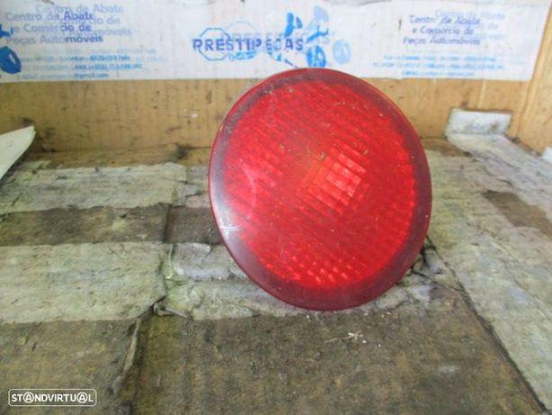 Farol Tras parachoques STOP1317 VW / BEETLE / 2001 / ESQ /