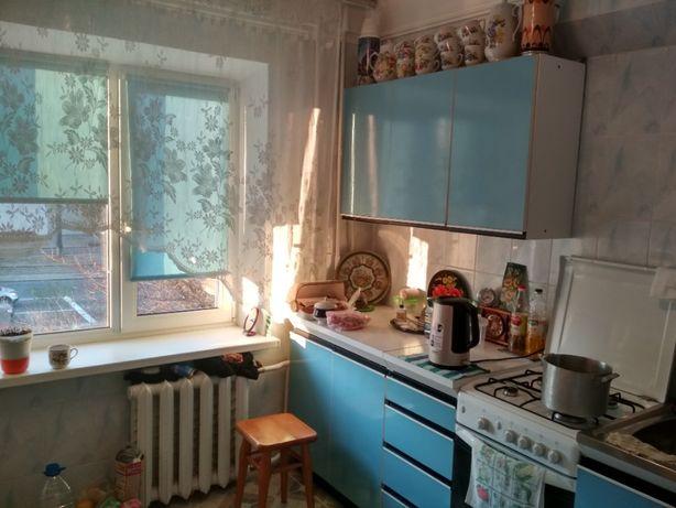 Сдам комнату метро Минская рядом 1 парня с 1й хозяйкой, ул. Тимошенка4