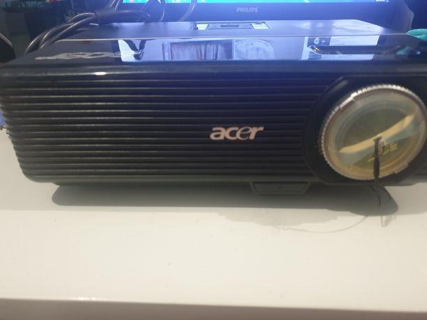 Projektor ACER P1166P