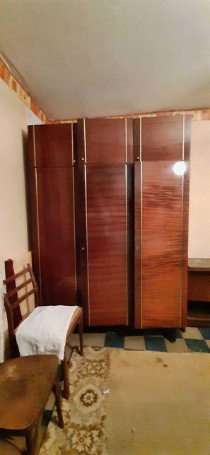 Мебель- стенка  б/у , в хорошем состоянии.