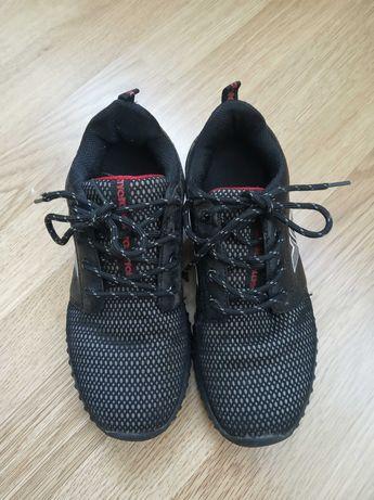 кроссовки в сад, на прогулку, в школу-легкие 37 размер