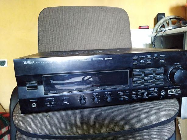 Amplituner Yamaha RX V592 RDS