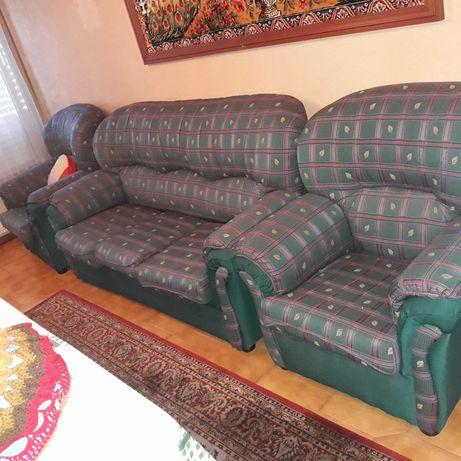 Sofás clássicos confortáveis