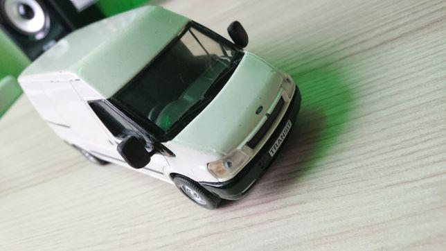 Машинка Ford Transit 1:30 BRITAIN