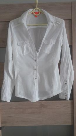Biała sportowa koszula