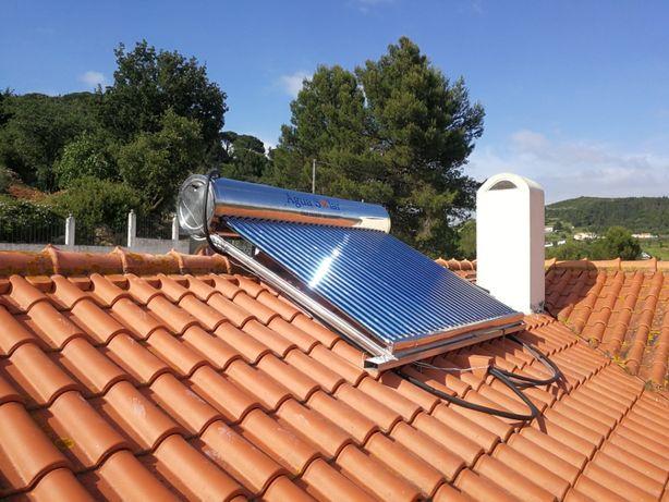 300 litros///    Painel solar sistema termossifão e tubos de vácuo.