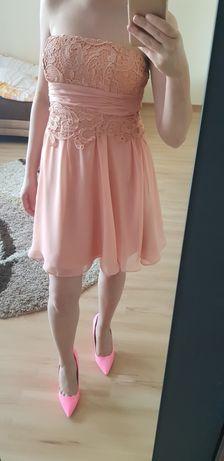 Gorsetowa łososiowa sukienka