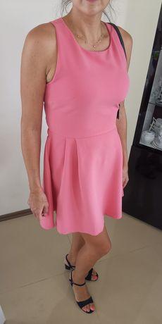 Różowa sukienka Reserved w rozmiarze 40