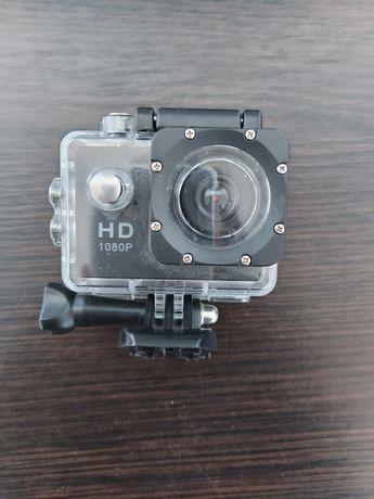 Экшен камера с креплениями и чехлом для подводной съёмки