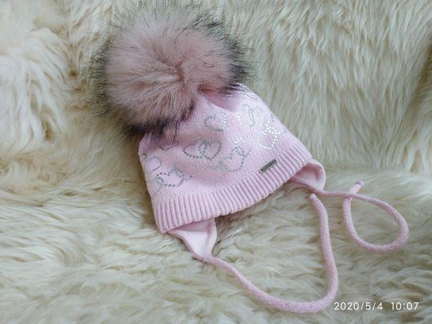 Теплая, зимняя шапка для малышки, завязки