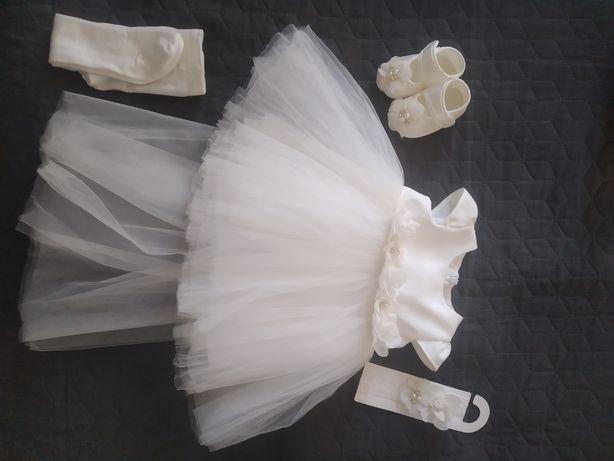 Нарядное платье (на крещение, праздник)