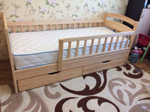 деревянная детско-подростковая кровать.