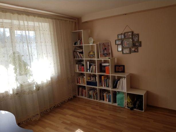 Продам 2-х ком. квартиру. Мазепы (Петровского)