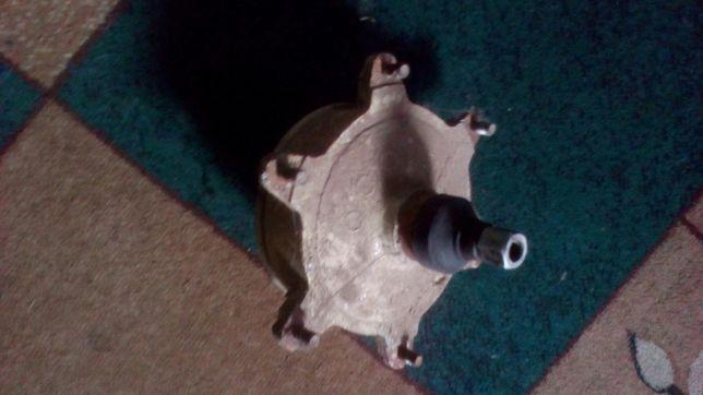 Ступка переднего колеса на муравья.
