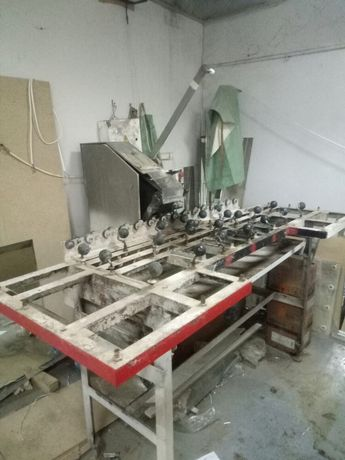 Полировочный , шлифовальный - ленточный станок по стеклу ЛС 1800