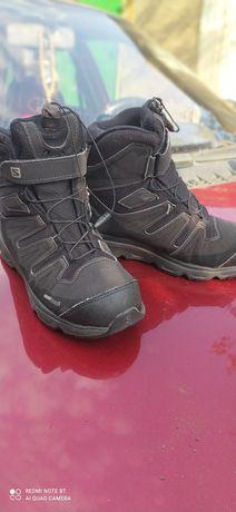 Фирменные ботинки Salomon