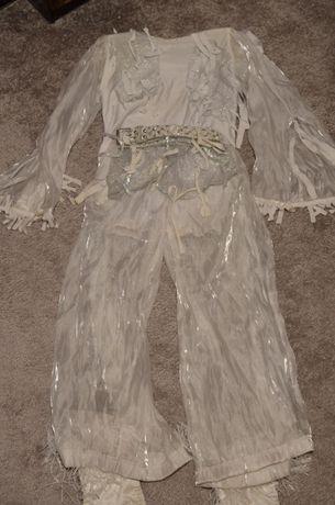 Белый танцевальный костюм