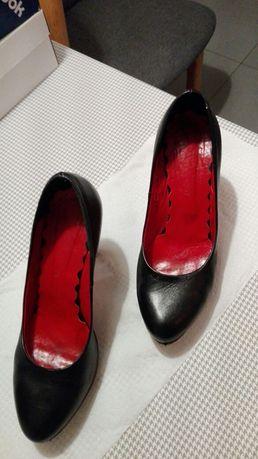 Wygodne buty na szpilce