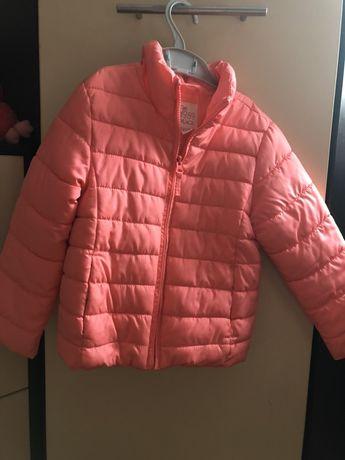 Весенняя куртка для девочки 4-5 лет