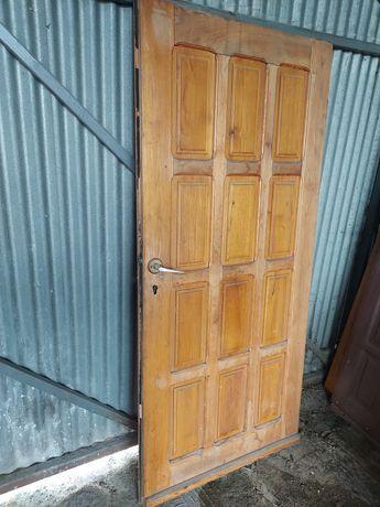 Drzwi drewniane wewnętrzne zewnętrzne 80, 90, 100 na działke, budowe
