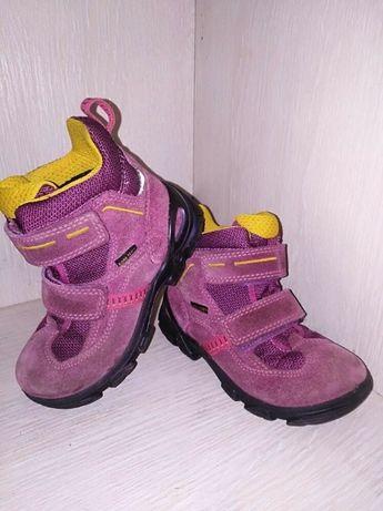 Обалденные ботинки ecco на девочку