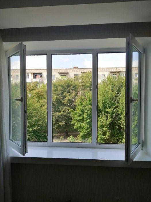 Пластікаве вікно в спальню,Хто купив в мене таке вікно розпаровані вік Червоноград - изображение 1