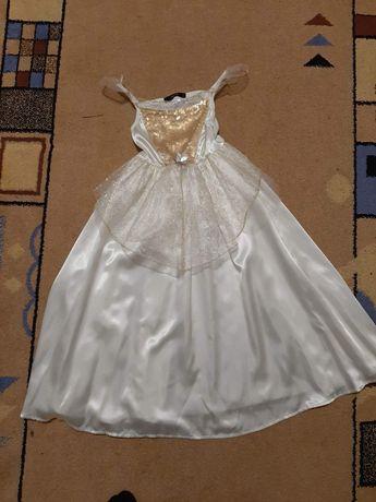 Нарядные платья ,карнавальные костюмы