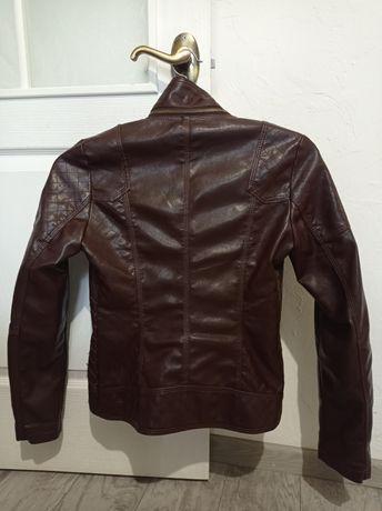 Куртка кожаная, с отстежным воротником(съёмным).