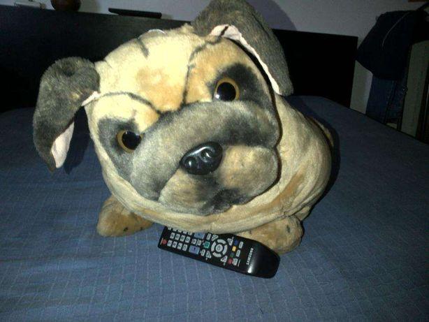 Peluche Cão Grande