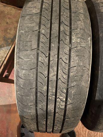 Roadstone 225/60 R17
