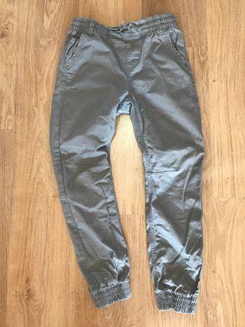 Szare jeansy rozm. 146 chłopięce
