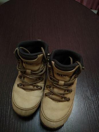 Демисезонные ботинки Lee Cooper