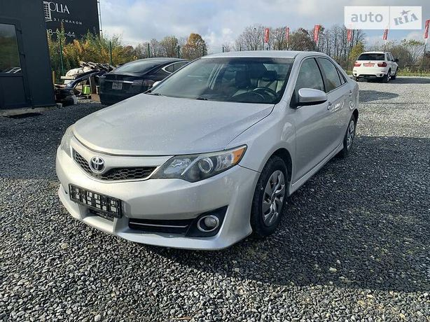 Toyota Camry Clima