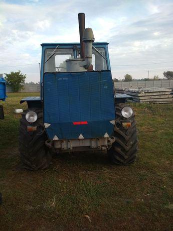 ХТЗ Т-150К Трактор