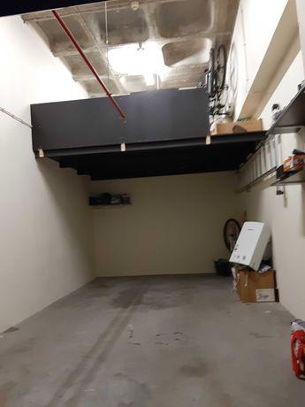 Garagem box vialonga